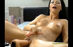 Brunette playgirl enjoying her unmitigatedly primary time in the matter of sex-machine and squirting