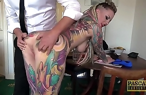 Unqualifiedly tattooed subslut piggy mouth slammed hard by guestimated corporalist