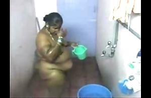1.aunty decontaminated inseparable webcam 2 బౚండాం ఆంà°ÿà±€ స్నానం