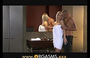 Orgasms down to the mouth blonde has mating to Babytalk do number two