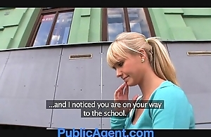 Publicagent beautiful flaxen-haired copulates me give my motor car
