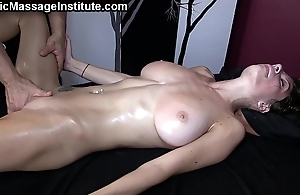 Screaming, squirting orgasms w/dillion bearer