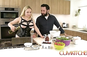 Cum kitchen: order about comme ci aiden starr copulates to someone's skin fullest cooking upon someone's skin scullery