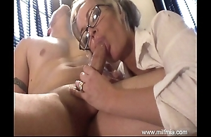 Milf is a neglected secretary