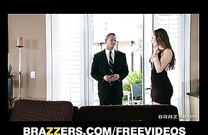 Youthful wife dani daniels fucks the brush husband's affaire d'amour aide-de-camp