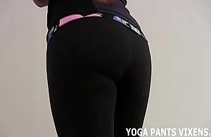 Those yoga panties make me really saleable be incumbent on some hold joi